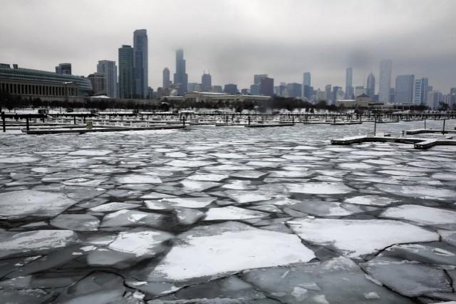 Lago del Michigan ghiacciato
