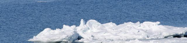 """Il """"Mistero"""" della rapida fusione del ghiaccio del Polo Nord e invece l'aumento dello stesso al Polo Sud"""