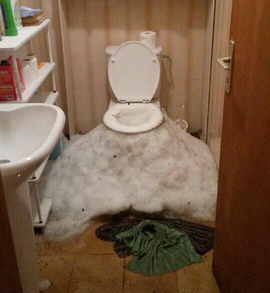 grandine dal WC !