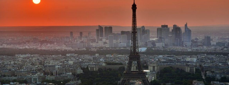 Un forte abbraccio ai nostri amici francesi