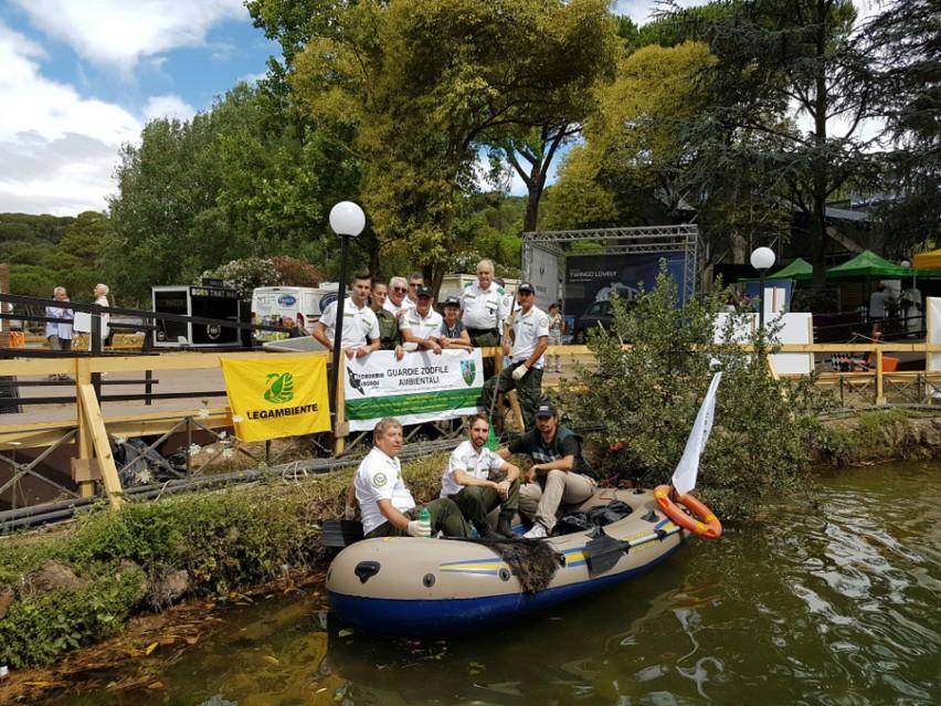 Operazione di riqualificazione ambientale nella storica for Pulizia laghetto