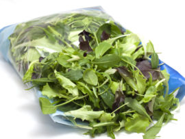 Le insalate in busta più esposte al rischio di salmonella