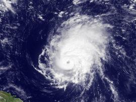 Una stagione meteo all'insegna di uragani/tifoni e con la siccità che minaccia tutto il bacino mediterraneo
