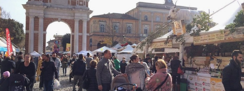 La sezione aggregata territoriale di Rimini alla storica fiera di San Marino a Santarcangelo di Romagna