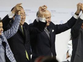 """L'angolo della petizione: """"appello ai Governi mondiali per salvare gli accordi sul clima"""""""