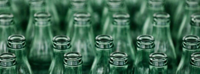 Non esistono ancora contenitori per acqua e altre bevande sicure come il vetro